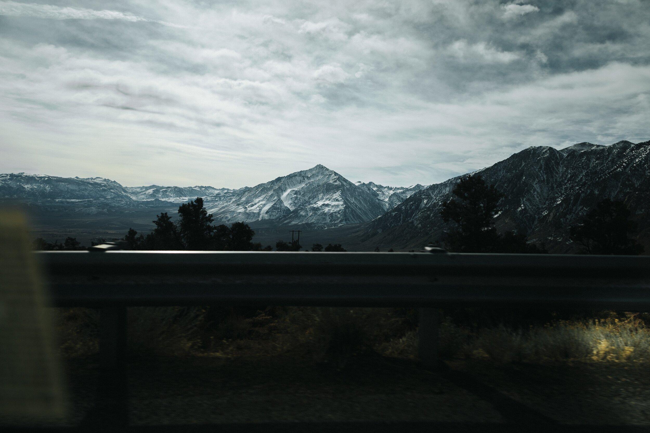 Hike up Mammoth Mountain